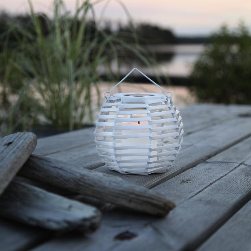 Solar Led Laterne WICKER BASKET mit Kerze flackernd Weidenkorb Optik
