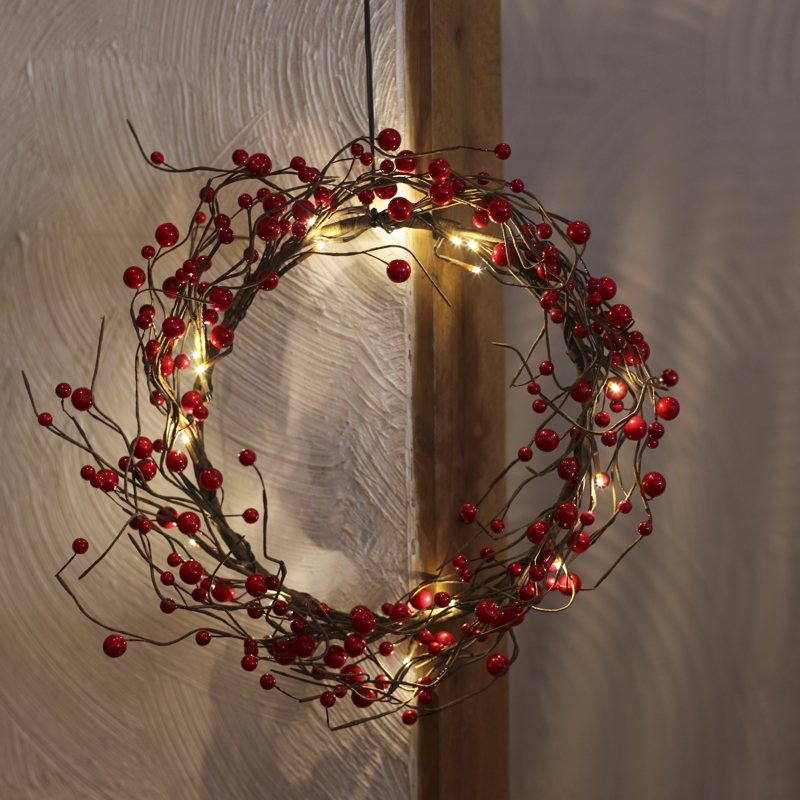 led deko licht kranz berrywreath beleuchtet mit 16 leds. Black Bedroom Furniture Sets. Home Design Ideas
