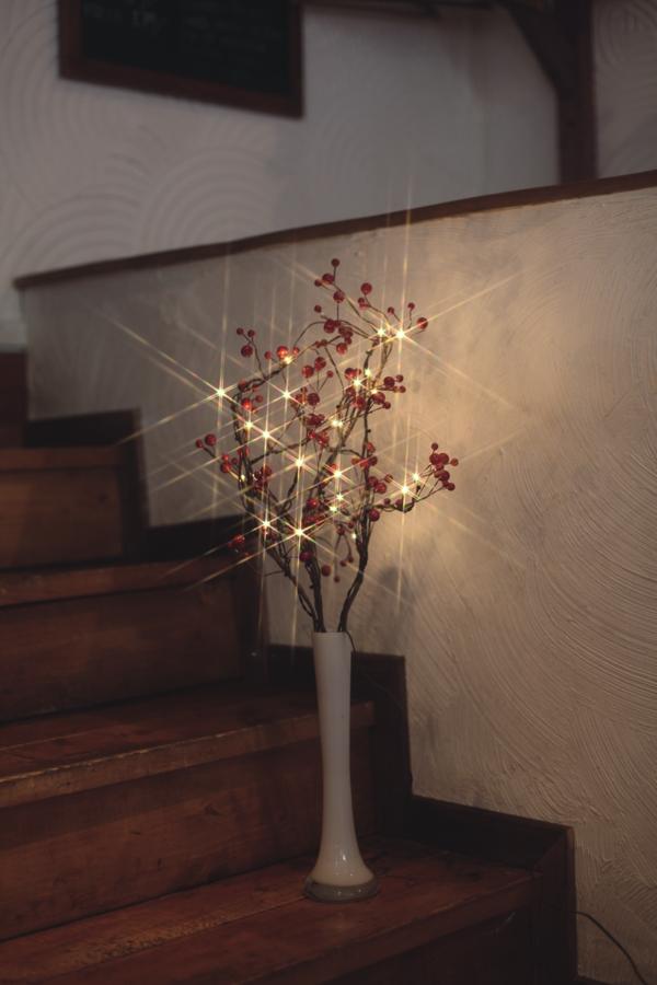 led weidenzweige berrybranch beleuchtet mit 24 leds led zweige deko leuchte ebay. Black Bedroom Furniture Sets. Home Design Ideas