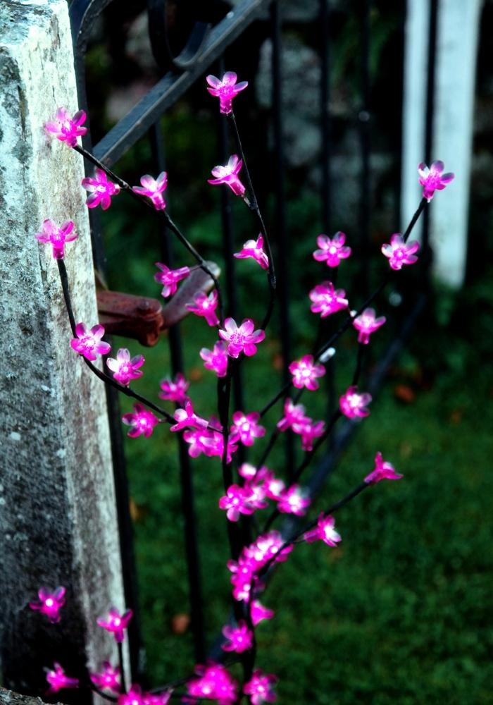 led deko lichter baum cherry tree pink beleuchtet. Black Bedroom Furniture Sets. Home Design Ideas