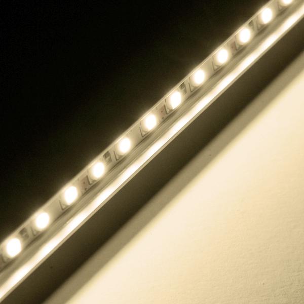 led leiste in alu profil warmwei 60 smd 50cm starr ip65 strip unterbauleuchte. Black Bedroom Furniture Sets. Home Design Ideas